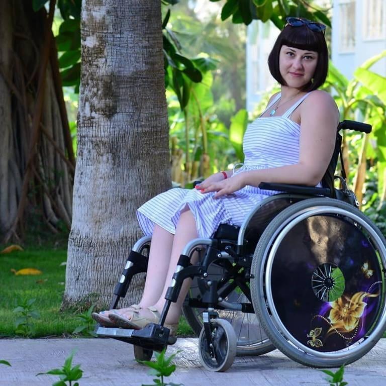 Заставка для - Необходима мебель-трансформер для Анны Сатониной. Её диагноз: ПАРАПЛЕГИЯ.